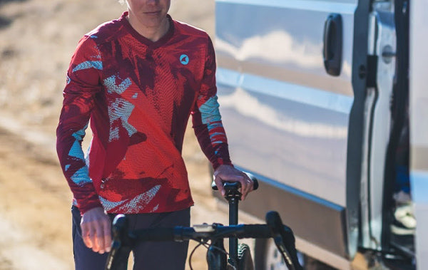 Tellus Jersey for Gravel Cycling