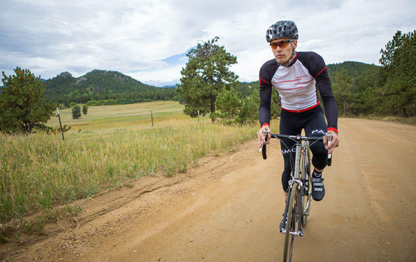 Cycling clothing for gravel grinding