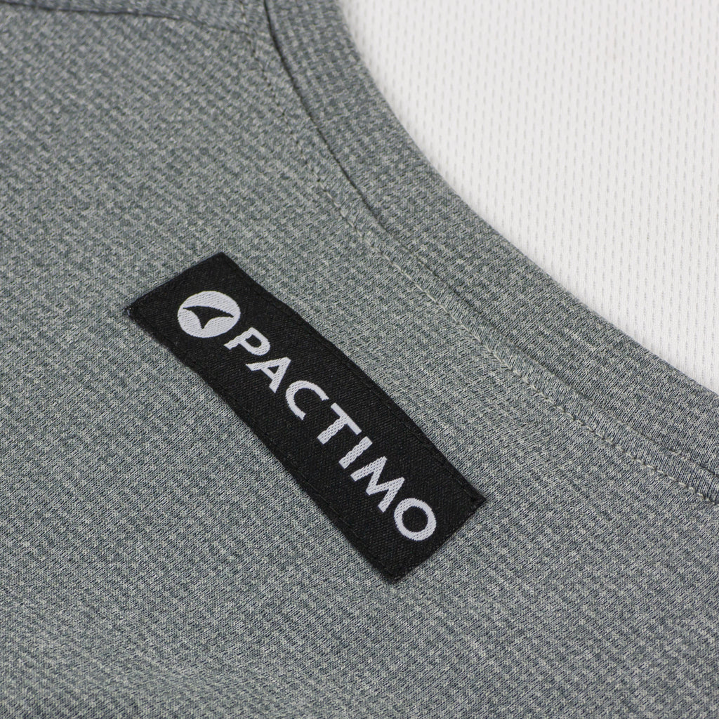 It's just an image of Massif Donkey Label Base Layer