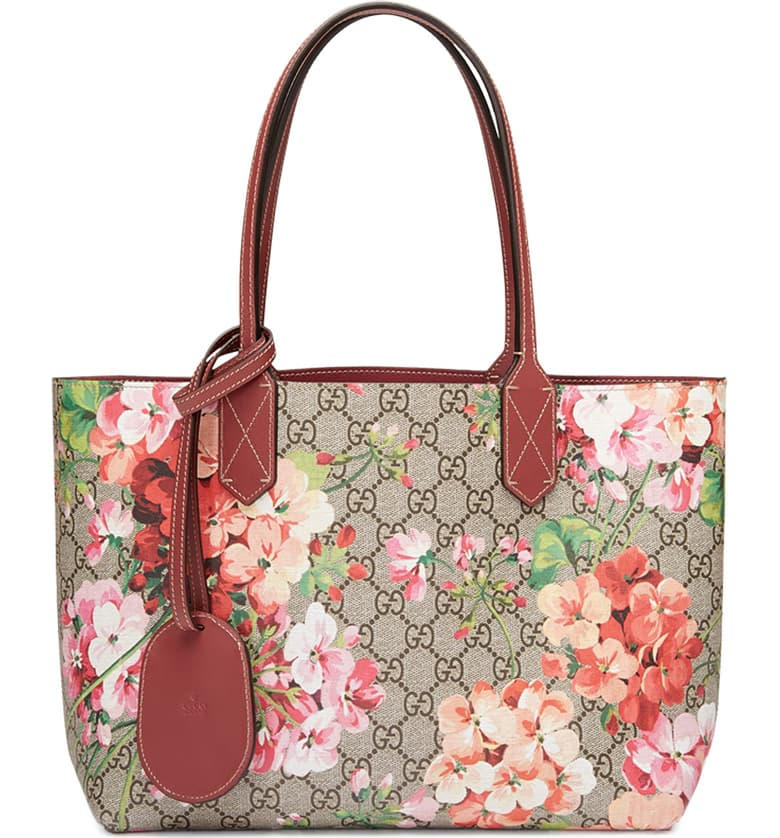 GUCCI GG BLOOMS REVERSIBLE TOTE TOTE | LuxurySnob genuine Gucci second hand, second hand Gucci handbags, pre owned Gucci shoes