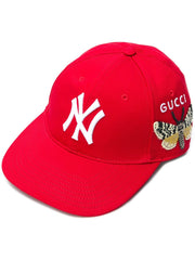 GUCCI BASEBALL CAP WITH NY YANKEES™ PATCH ACCESSORIES | LuxurySnob genuine Gucci second hand, second hand Gucci handbags, pre owned Gucci shoes