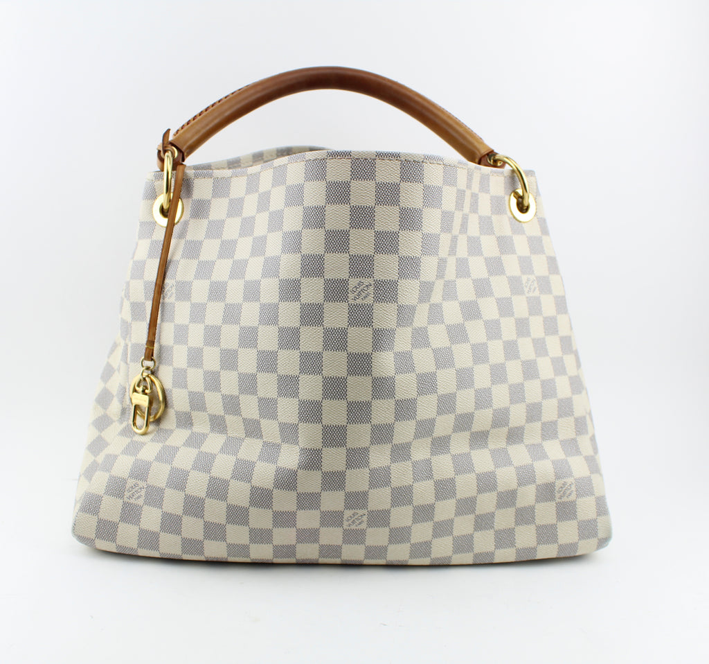 LOUIS VUITTON ARTSY GM HANDBAGS | LuxurySnob: pre owned luxury handbags, authentic designer goods second hand, second hand luxury bags, gently used designer shoes