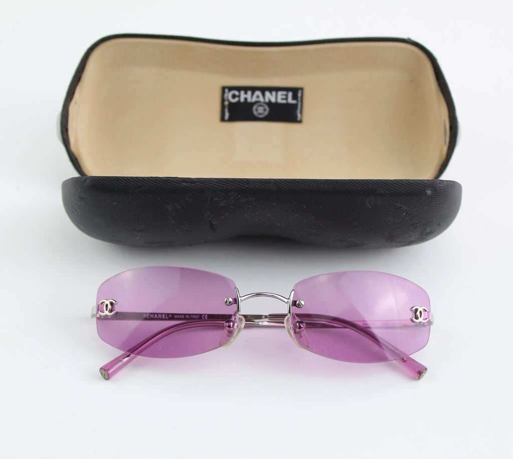 CHANEL VINTAGE SUNGLASSES SHADES | LuxurySnob: pre owned luxury handbags, authentic designer goods second hand, second hand luxury bags, gently used designer shoes