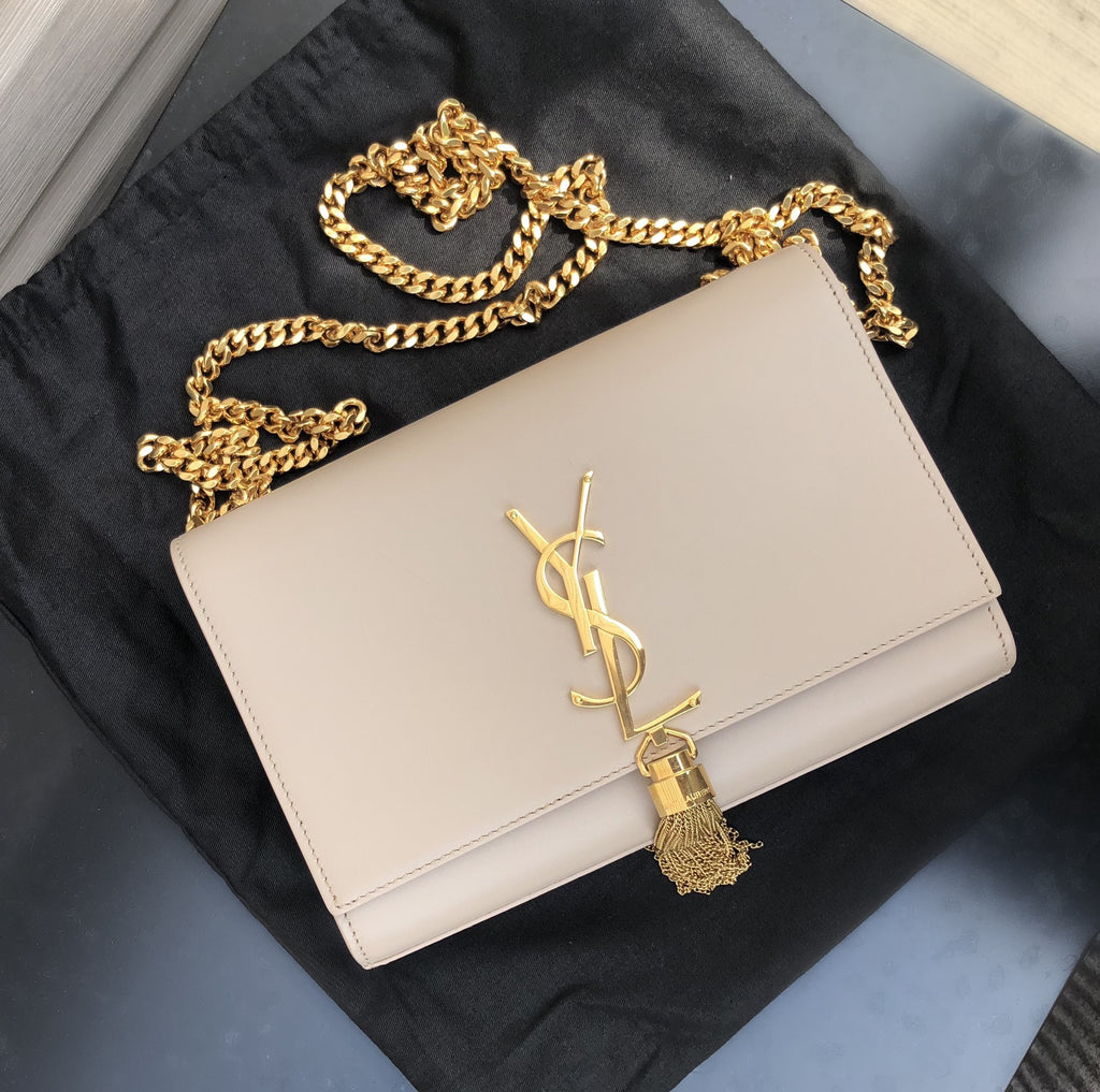 SAINT LAURENT KATE SMALL TASSEL SHOULDER BAG HANDBAGS | LuxurySnob: pre owned luxury handbags, authentic designer goods second hand, second hand luxury bags, gently used designer shoes