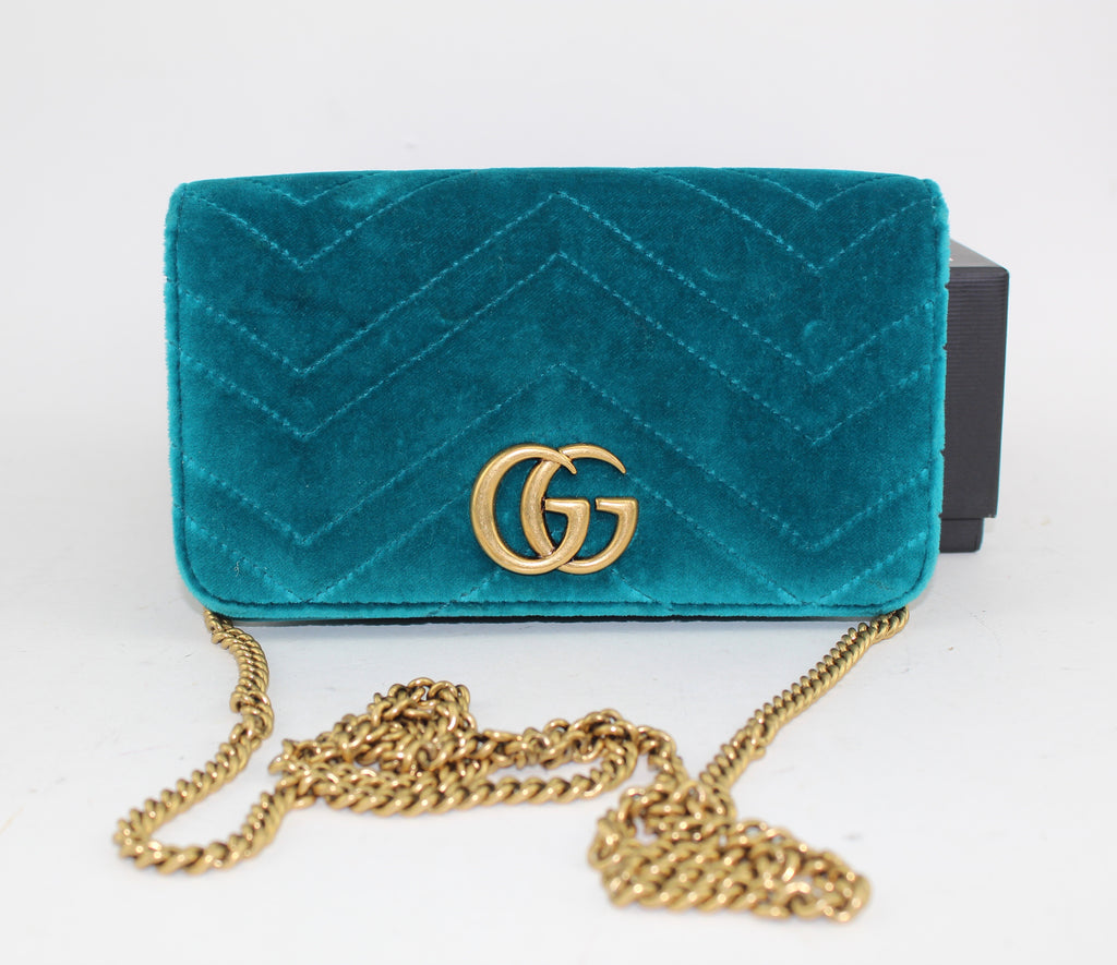 GUCCI MARMONT VELVET SUPER MINI SHOULDER BAG CROSSBODY BAGS | LuxurySnob: pre owned luxury handbags, authentic designer goods second hand, second hand luxury bags, gently used designer shoes