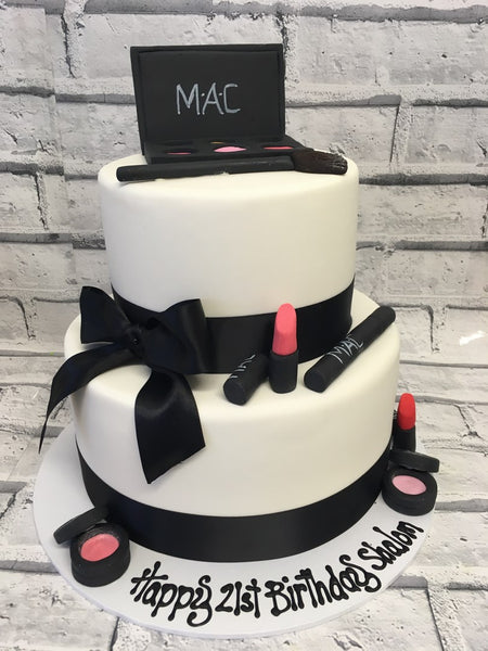 21st Birthday - Make up Cake