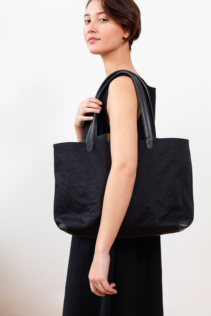 Hammer Nylon Tote Bag, Lamp Black