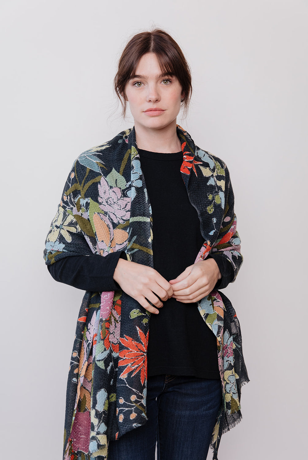 Scarf Floral, Charcoal