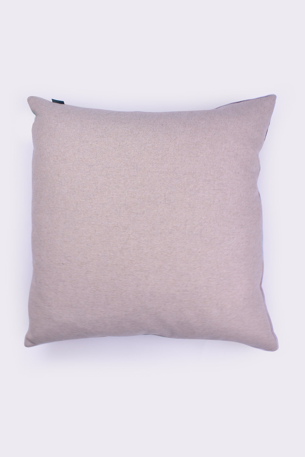 Pillow, Tambora Jade