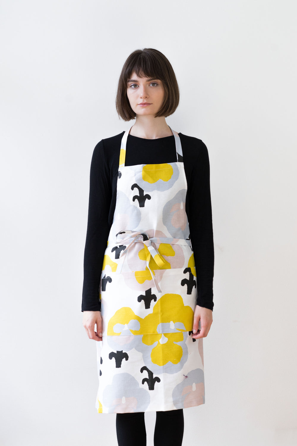 Ovvorkii Apron, Yellow