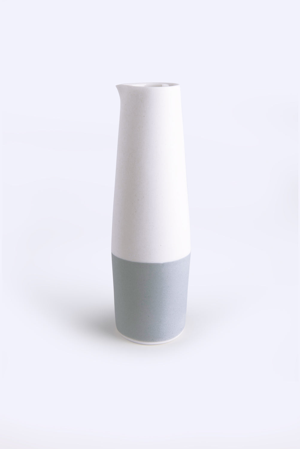 Pitcher Light Grey