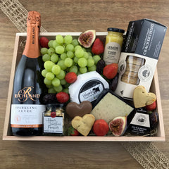 """The Perfect Picnic"" Gift Crate"