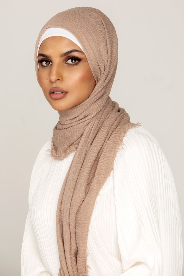 Everyday Crinkle Hijab - Hazelnut