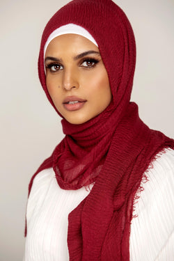 Everyday Crinkle Hijab - Red Rose
