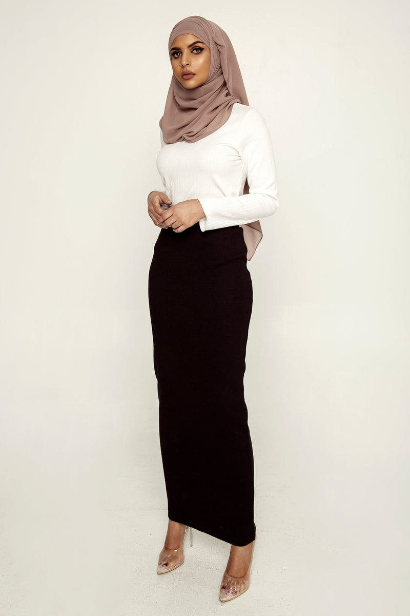 Ribbed Maxi Skirt - Black