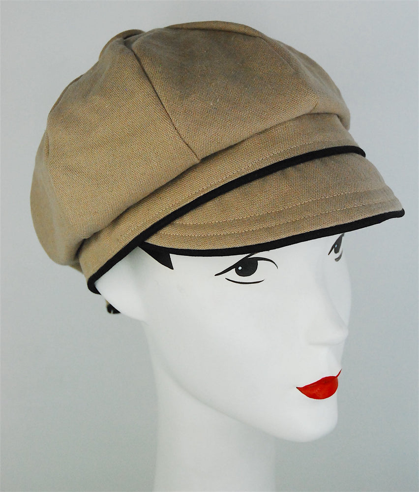 "Stylish sectional cap, made to order in ""linen"" color"