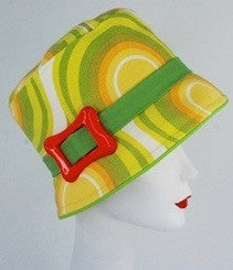 Bucket hat in yellow and green sixties inspired design with orange buckle - mariacurcic - 3