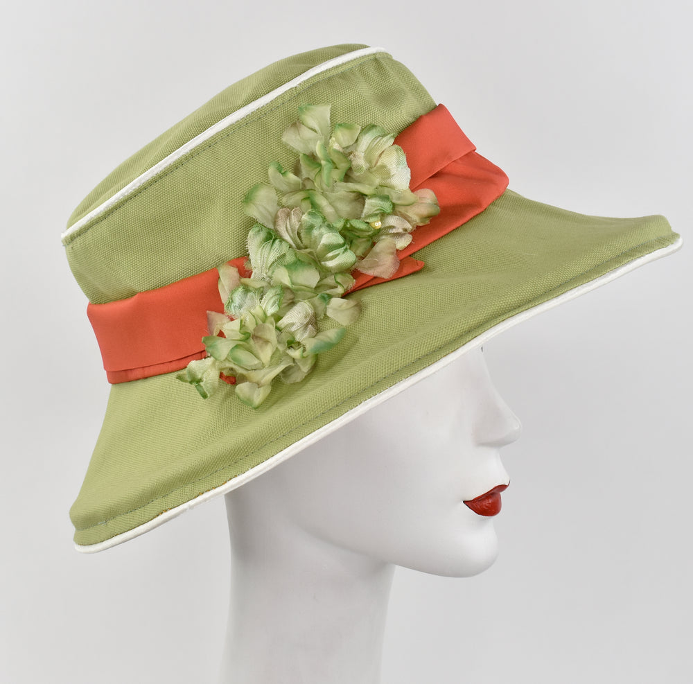 Green garden hat with Floral print under