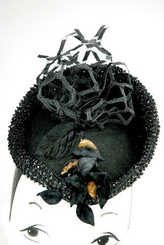 """Paris in Rome""  black headpiece in hand blocked wool ,veiling and beads - mariacurcic - 2"