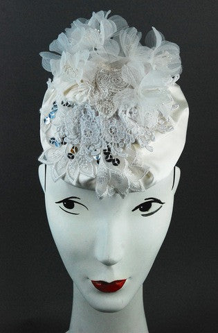 White silk and lace headpiece with vintage white flowers - mariacurcic