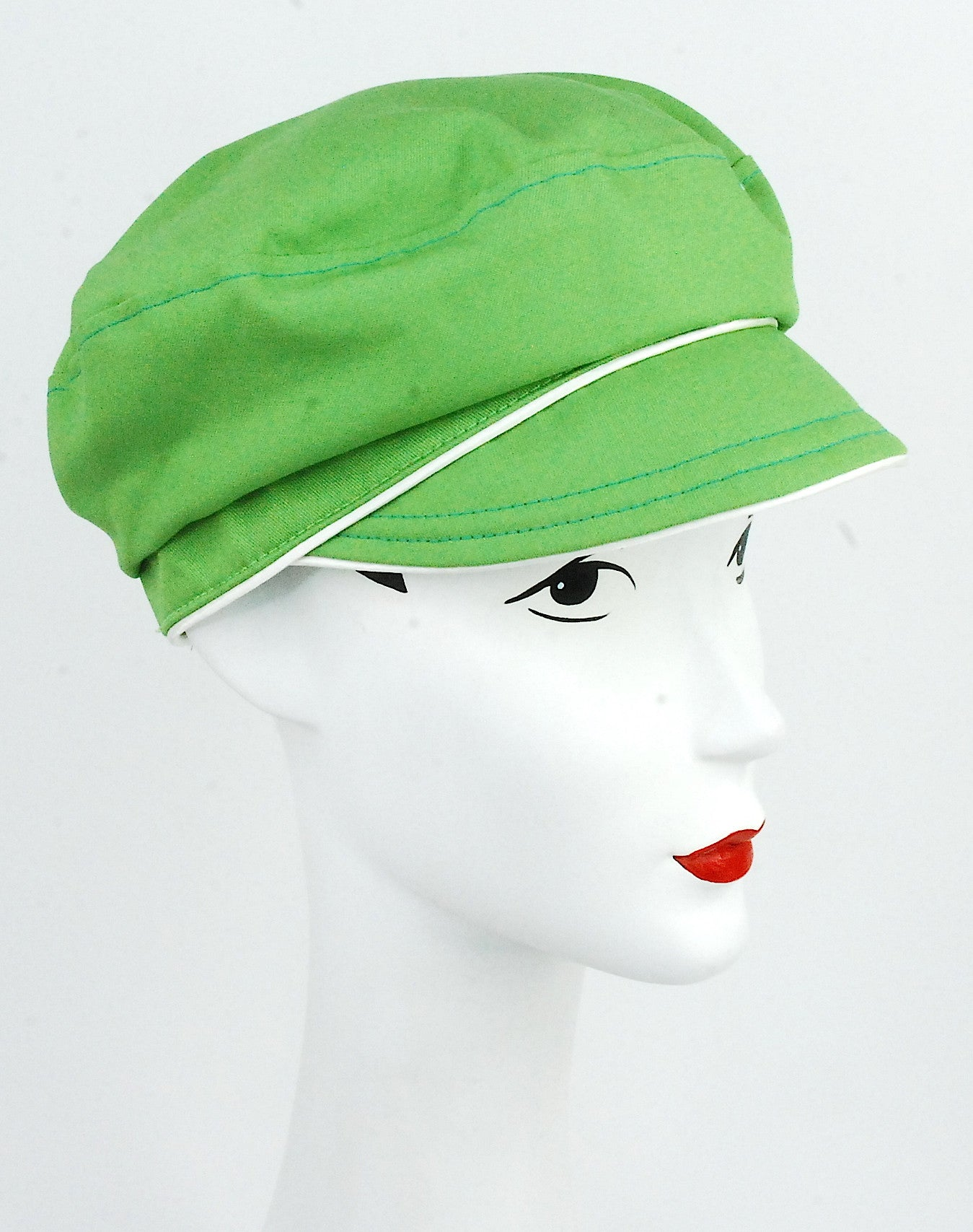 Green organic cotton cap with ivory trim
