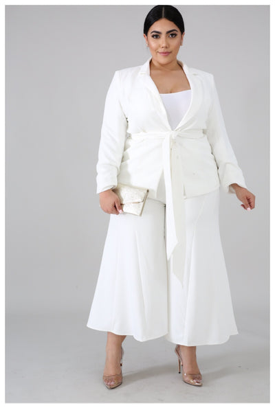 The IVORY BLAZER SET