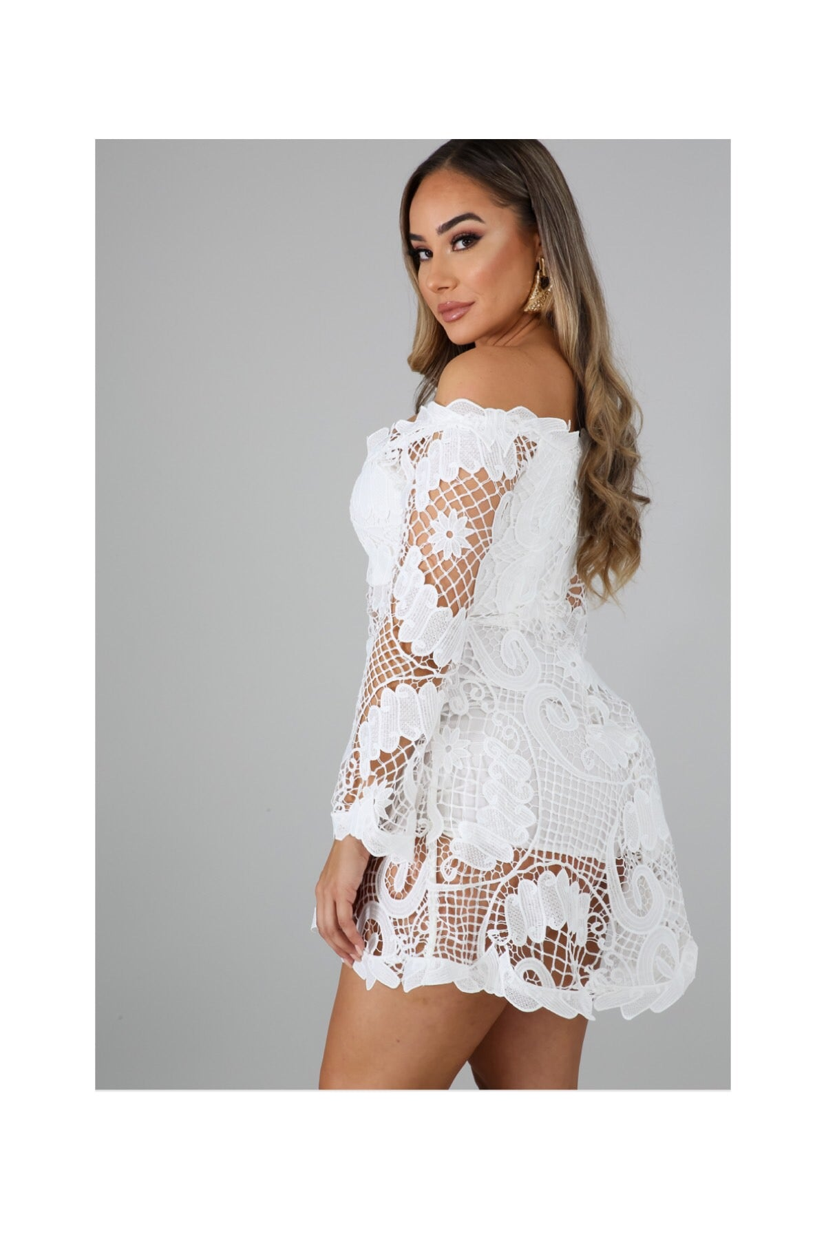 The DAINTY CROCHET ROMPER