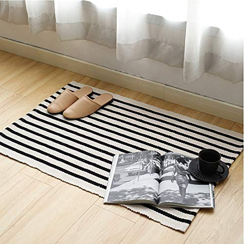 Fennco Styles Black Ivory Classic Striped Small Area Rug - Indoor Outdoor Floor Mat for Living Room, Entryway, Bedroom and Floor Décor