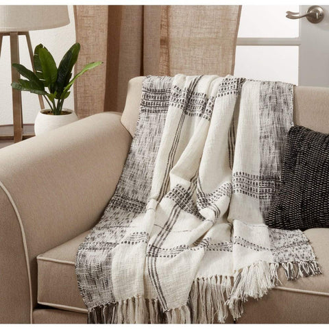 Fennco Styles Luxury Cotton Knit Plaid Modern Tassel 50 x 70 Inch Throw