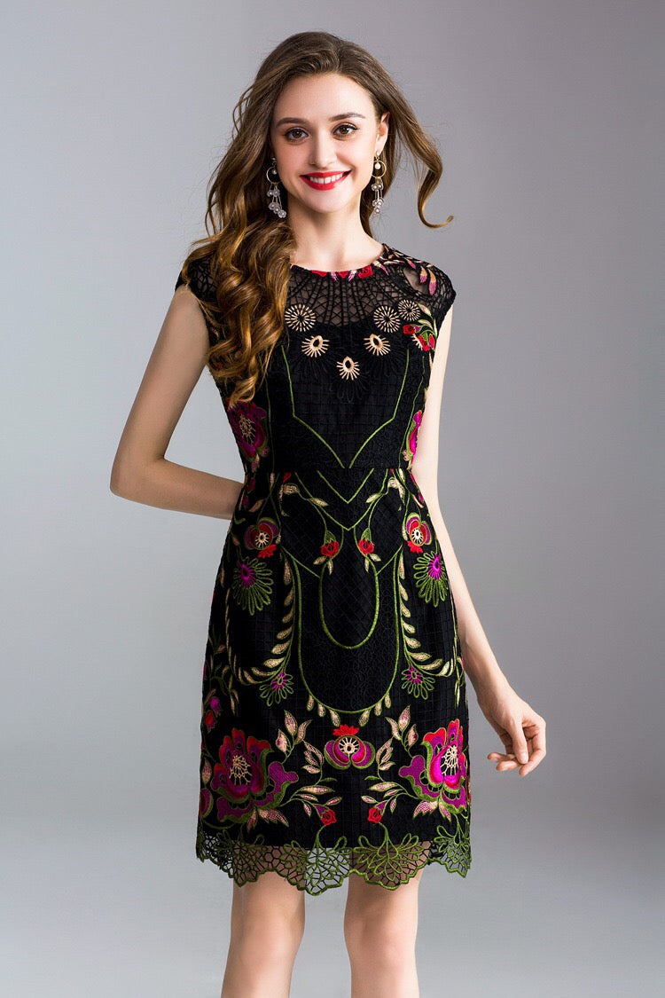 60c00a98096 Floral Embroidered Black Lace Dress