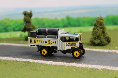 1922 Foden Steam Wagon - Brett & Sons with Beer Barrels