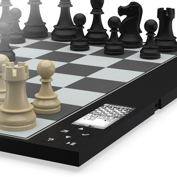 A Revolutionary Chess Computer by DGT – Chess House