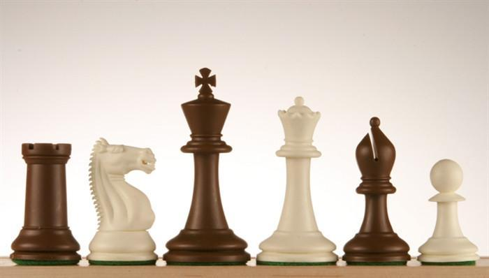 3 3/4 inch Emisario Player Chess Pieces - Brown and White - Chess Pieces