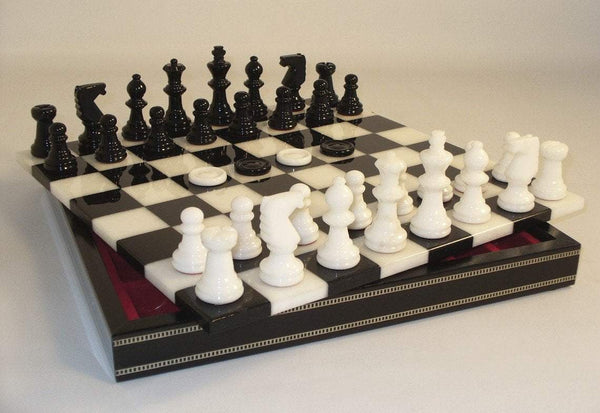 Black & White Alabaster Inlaid Chest Chess Set