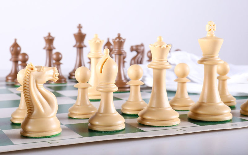 Emisario Club Chess Set Combo