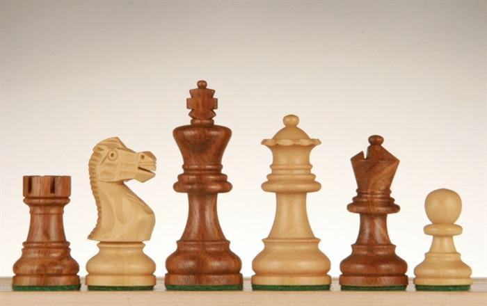 English Staunton Chessmen - Weighted & Handpolished Wood - 2 1/2