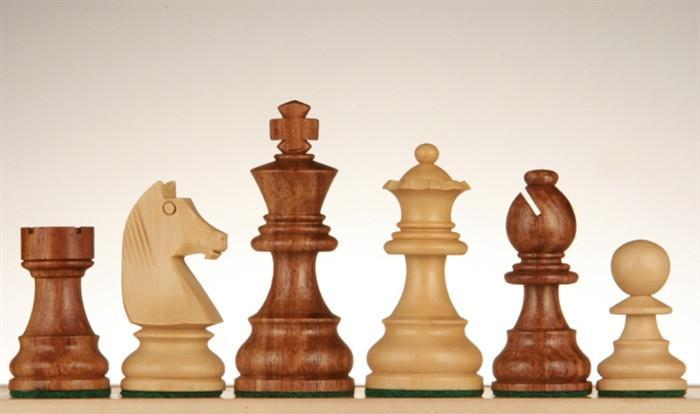 French Staunton Chessmen - Sheesham / Kari Wood - 3