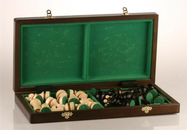 The Large Pearl Chess Set