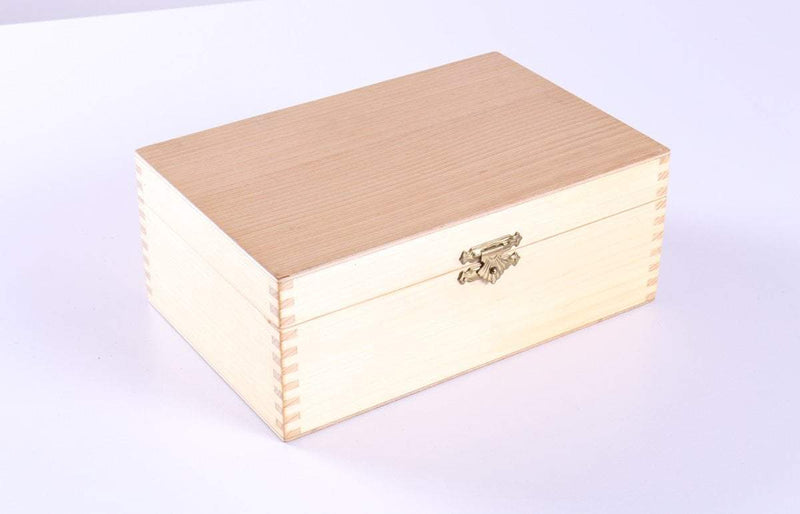 Maple Chess Pieces Storage Box