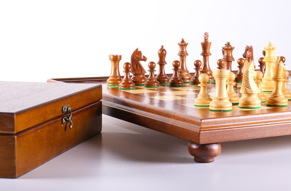 Scout Style on Pedestal Board with Storage - Shisham - Chess Set - Chess-House