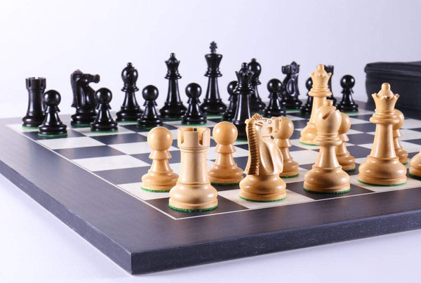 True Ebony Ultimate Chess Pieces on Erable Board - Chess Set - Chess-House