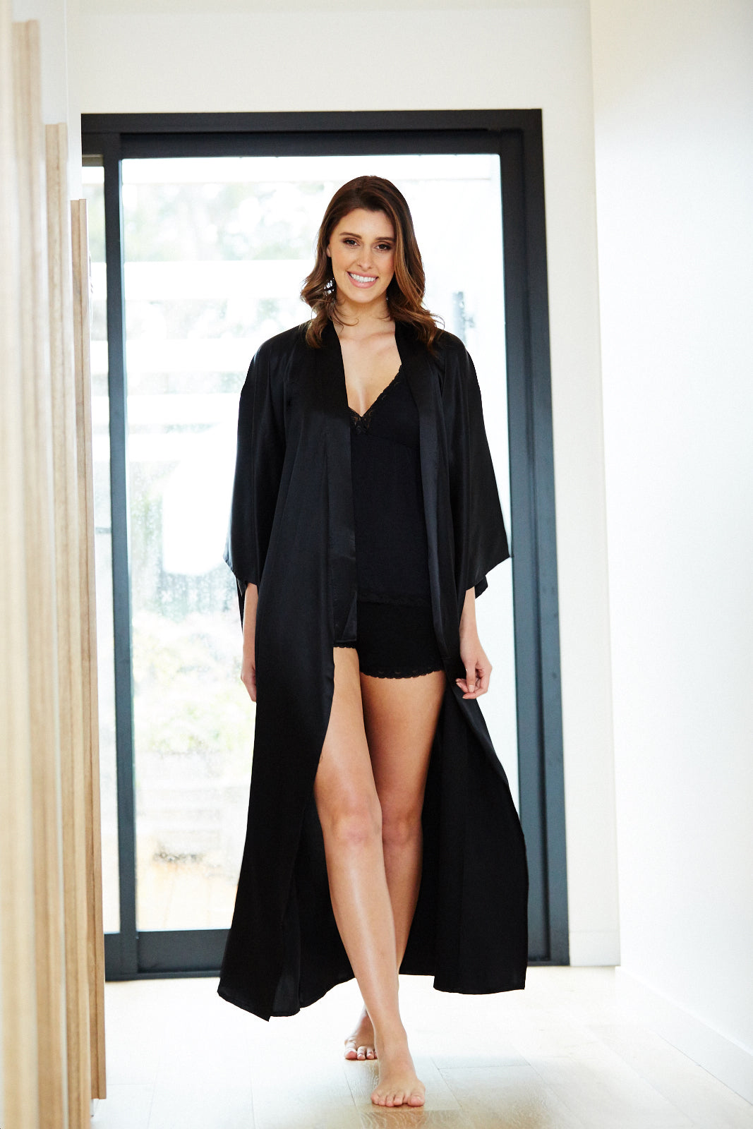 Black Fortune Womens Long Poly Satin Kimono Beautiful Robes