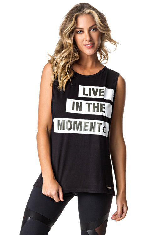 Live in The Moment Top