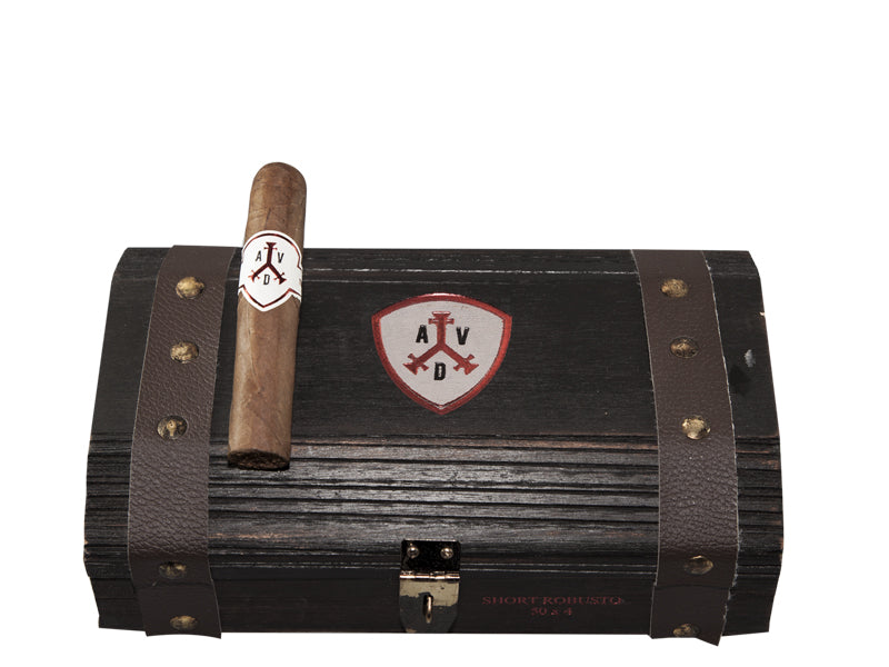 ADVentura The Explorer Short Robusto
