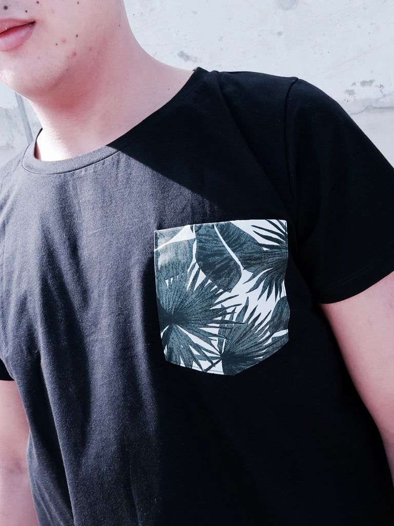 Men's T-shirt - Black Resort Print Pocket