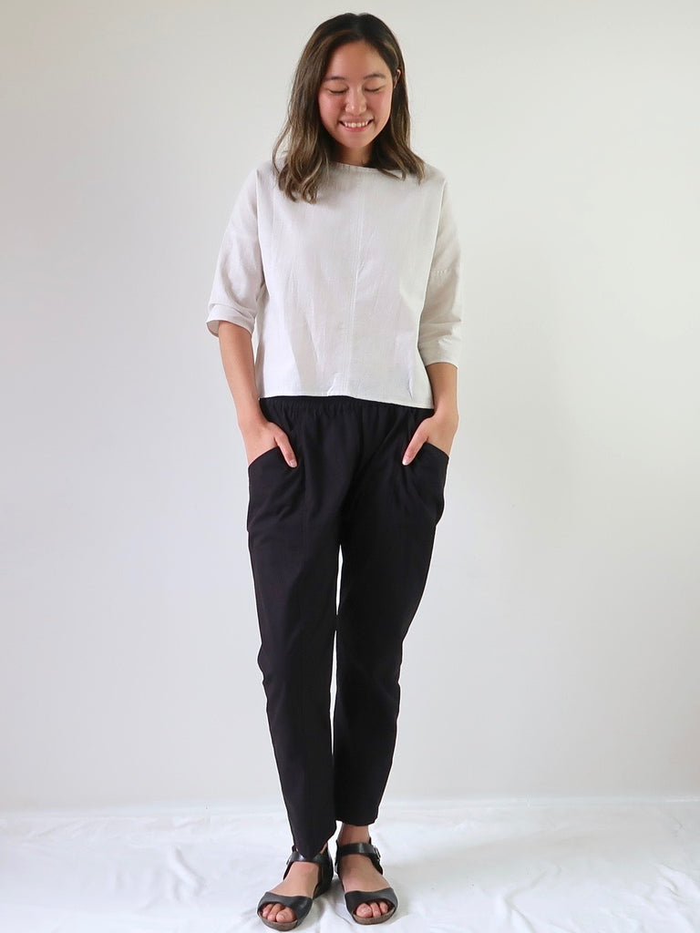 Women's Elastic Waist Pants - Black