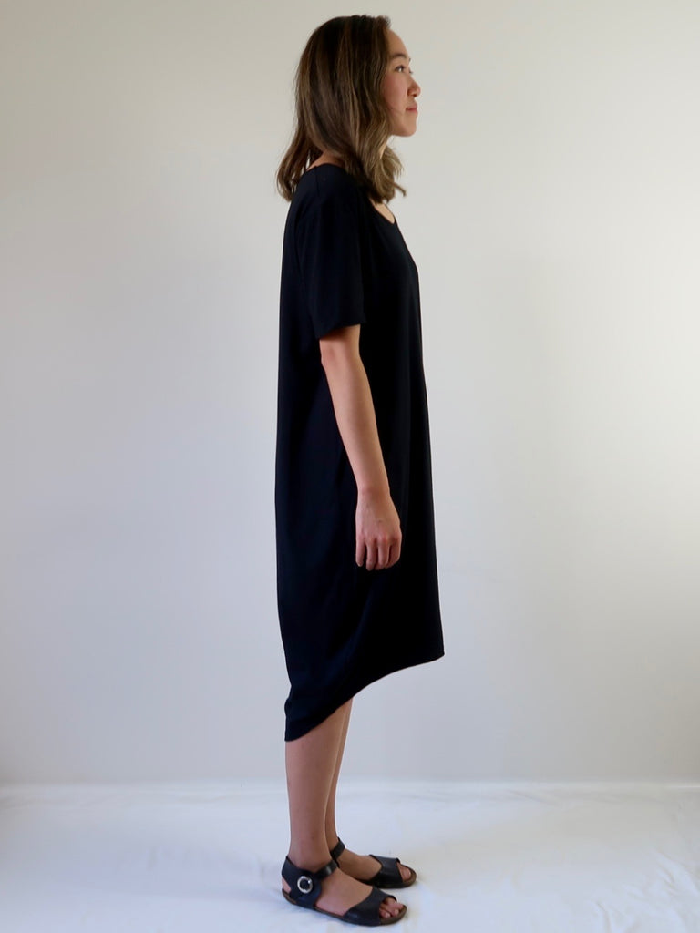 Women's Cocoon T-shirt Dress - Black