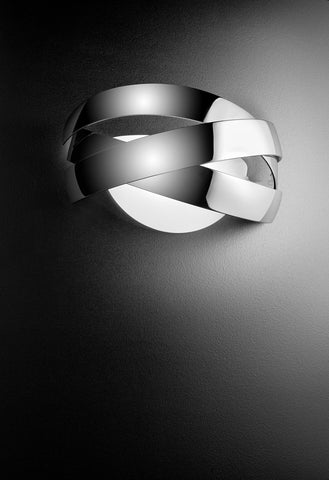 Siso wall light range by Estiluz