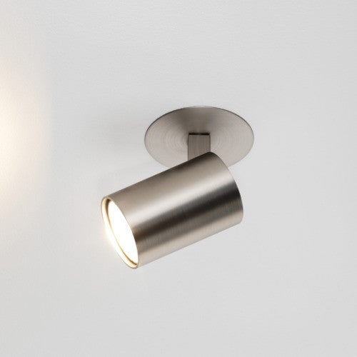 Ascoli Single Spotlight by Astro