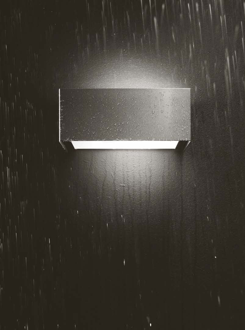 Snap IP54 Wall Light by Macrolux